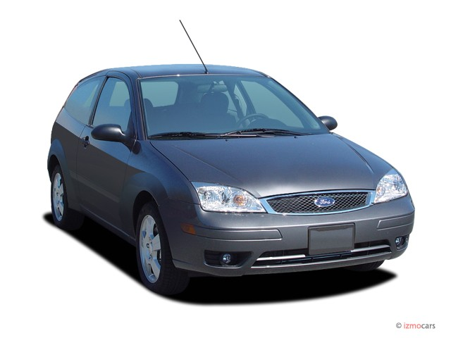 2006 Ford Focus 3dr Coupe ZX3 SES Angular Front Exterior View