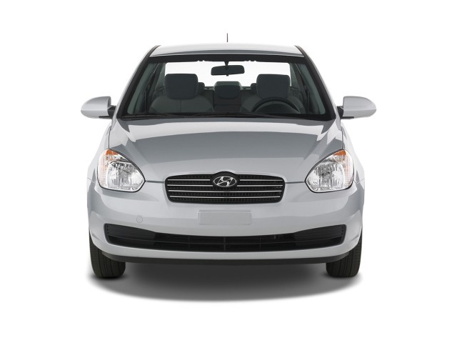 image 2009 hyundai accent 4 door sedan auto gls front. Black Bedroom Furniture Sets. Home Design Ideas