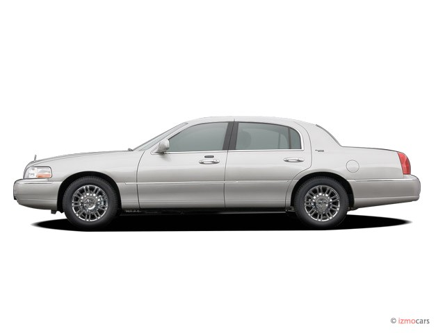 image 2008 lincoln town car 4 door sedan signature limited side exterior view size 640 x 480. Black Bedroom Furniture Sets. Home Design Ideas