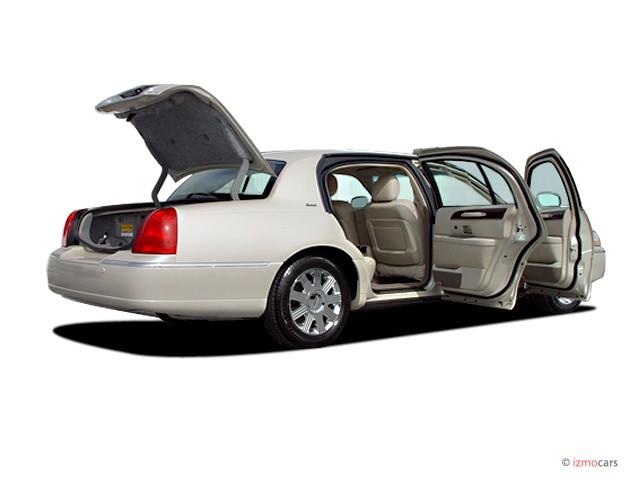 Image 2003 Lincoln Town Car 4 Door Sedan Cartier L Open Doors Size 640 X 480 Type Gif