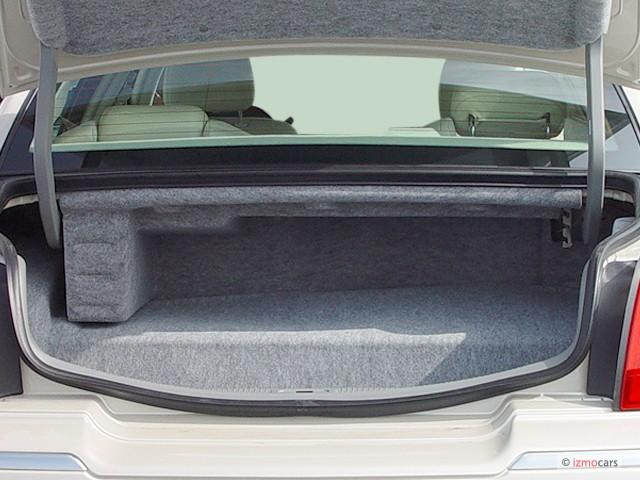 2003 Lincoln Town Car 4 Door Sedan Cartier L Trunk