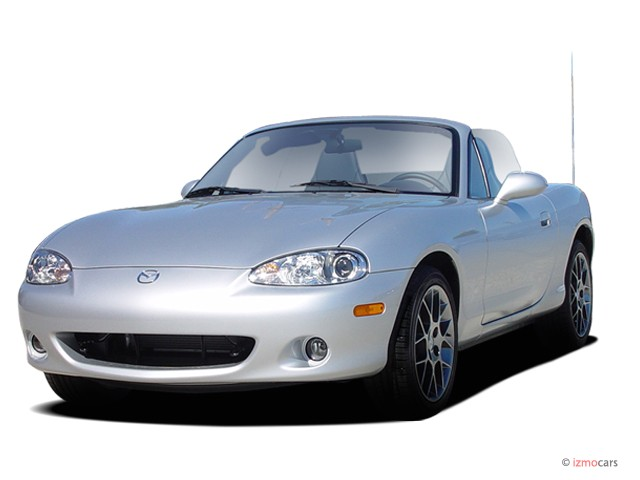 2004 Mazda MX-5 Miata 2-door Convertible LS 5-Spd Manual Angular Front Exterior View