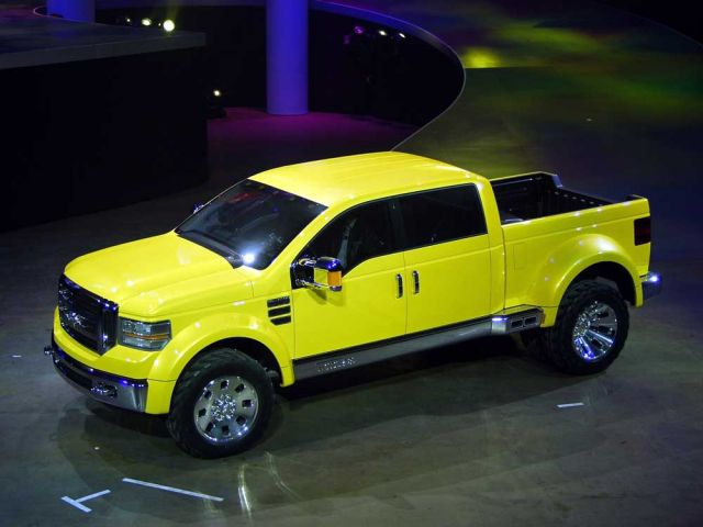 2002 Ford Mighty F-350 Tonka concept