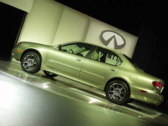 2002 Infiniti I35 Review Ratings Specs Prices And Photos The Car Connection