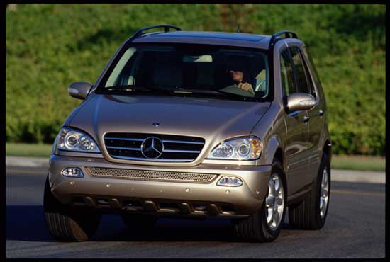 Image 2002 mercedes benz ml class size 550 x 370 type for Mercedes benz ml 2002