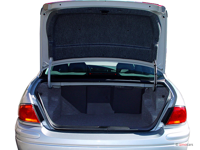 Buick Lesabre Door Sedan Custom Trunk M on 2004 Buick Lesabre Custom