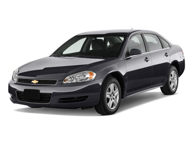 2009 Chevrolet Impala 4-door Sedan LS Angular Front Exterior View