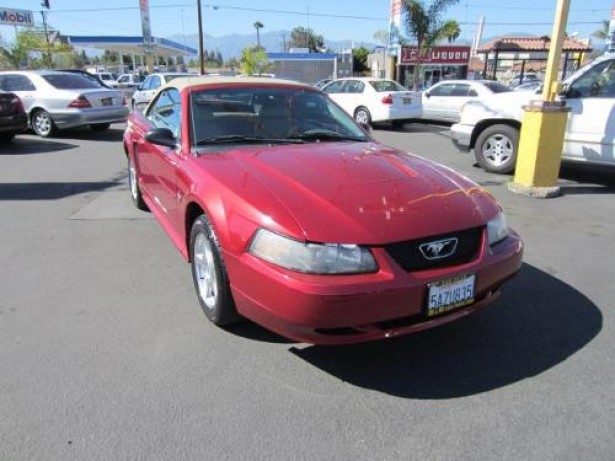 2003 Ford Mustang used car