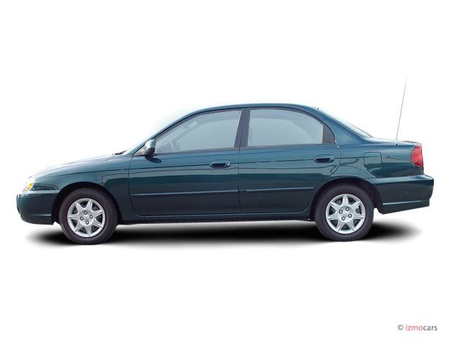 2003 Kia Spectra 4 Door Sedan Base Auto Side Exterior View