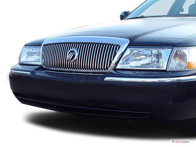 2003 Mercury Grand Marquis 4-door Sedan LS Premium Grille