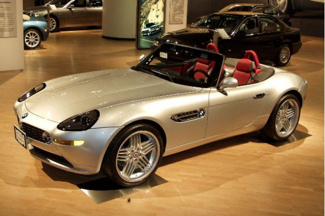 One Unusual Feature For The Z8 Was Its Use Of Neon S Some Exterior Lights Including Tail And Turn Indicators Bmw Argued That