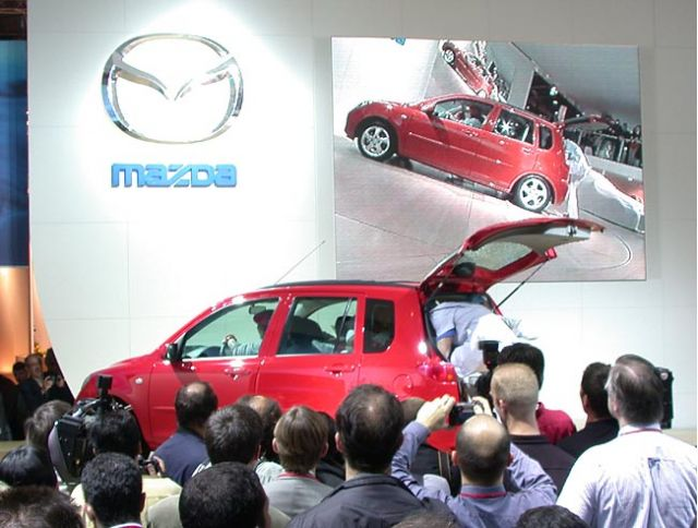 2003 Mazda2
