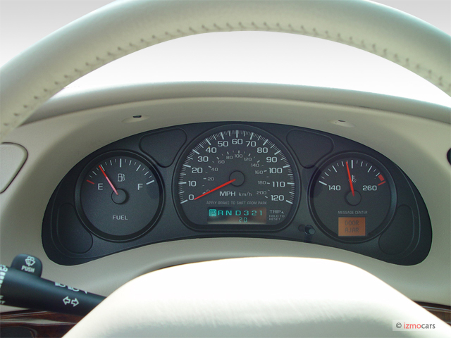 Image: 2004 Chevrolet Impala 4-door Sedan Instrument ...
