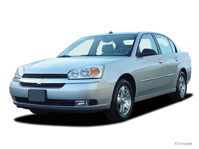 2004 Chevrolet Malibu 4-door Sedan LT Angular Front Exterior View
