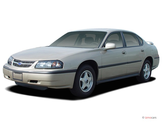 2004 Chevrolet Impala 4-door Sedan Angular Front Exterior View