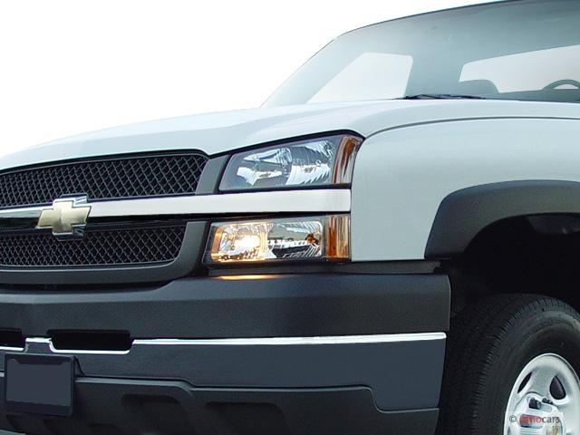 "Image: 2004 Chevrolet Silverado 2500HD Reg Cab 133"" WB Work Truck Headlight, size: 640 x 480 ..."