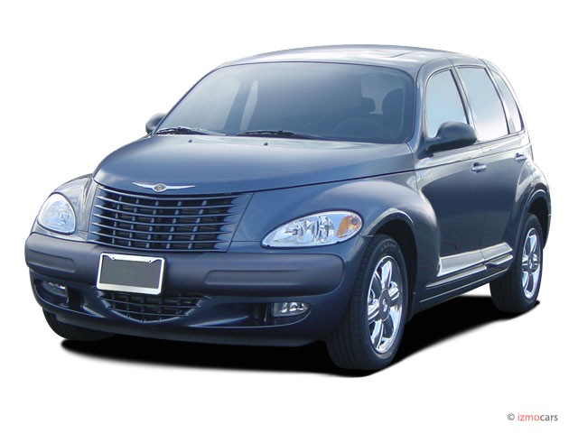 2004 Chrysler PT Cruiser 4-door Wagon GT Angular Front Exterior View