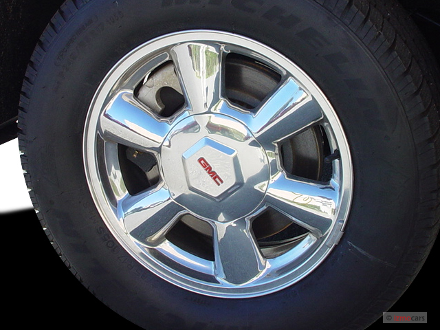 Image 2004 Gmc Envoy Xl 4 Door 2wd Slt Wheel Cap Size