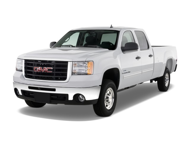 """2010 GMC Sierra 2500HD 2WD Crew Cab 153"""" SLE Angular Front Exterior View"""