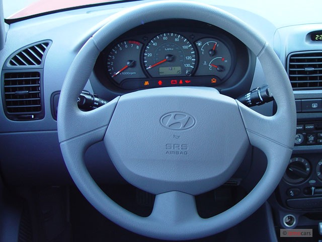Tucson Used Auto Sales >> Image: 2004 Hyundai Accent 4-door Sedan GL Manual Steering ...