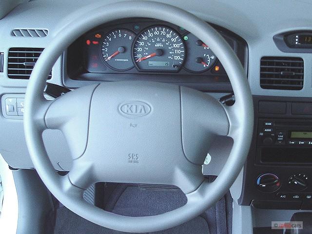 image 2005 kia rio 4 door wagon cinco auto steering wheel. Black Bedroom Furniture Sets. Home Design Ideas