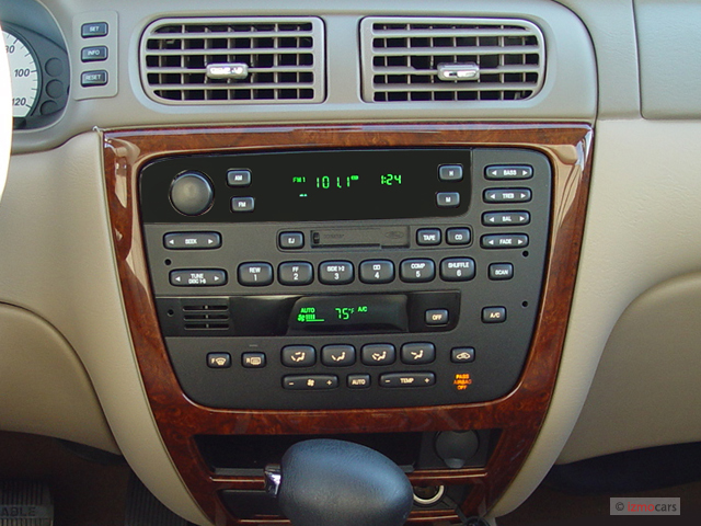 image  mercury sable  door wagon ls premium instrument panel size    type gif