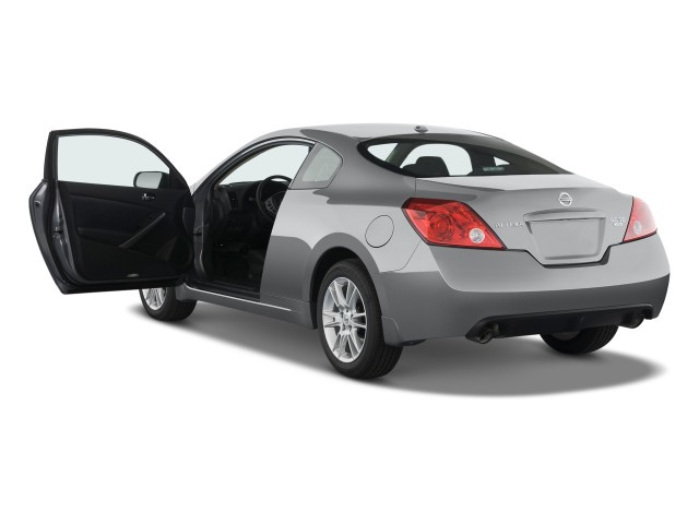 2008 Nissan Altima 2 Door Coupe V6 CVT SE Open Doors