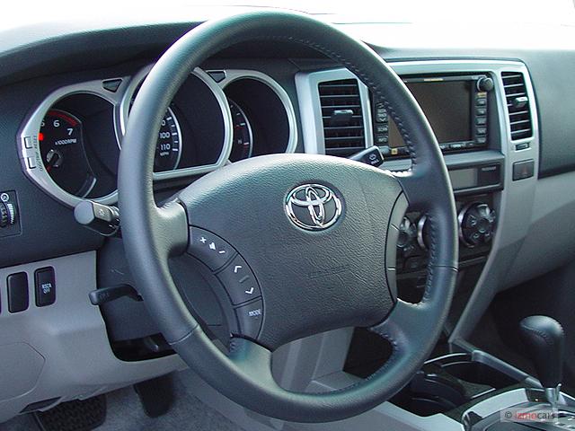 image 2004 toyota 4runner 4 door limited v8 auto 4wd natl steering wheel size 640 x 480. Black Bedroom Furniture Sets. Home Design Ideas