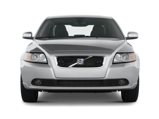 2010 Volvo S40 4-door Sedan Man FWD Front Exterior View