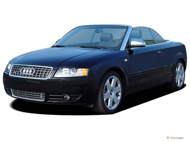 2005 Audi S4 2-door Cabriolet quattro Manual Angular Front Exterior View