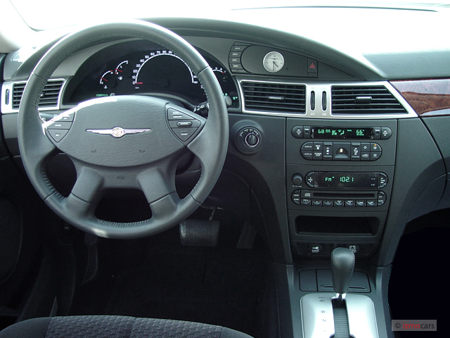 image 2005 buick century 4 door sedan custom dashboard. Black Bedroom Furniture Sets. Home Design Ideas