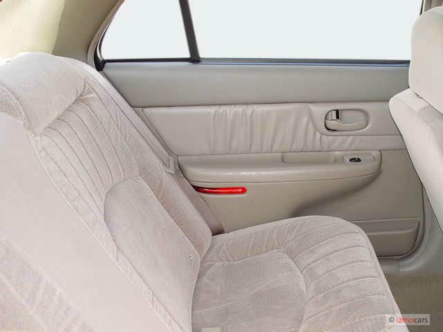 Image: 2005 Buick Century 4-door Sedan Custom Rear Seats, size: 640 x 480, type: gif, posted on ...