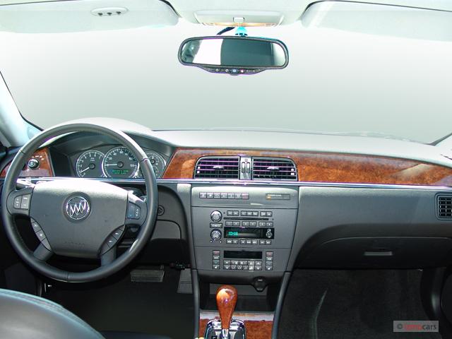 2005 Buick LaCrosse 4-door Sedan CXS Dashboard