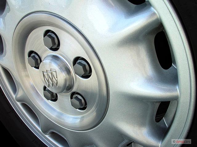 Image 2005 Buick Lesabre 4 Door Sedan Custom Wheel Cap