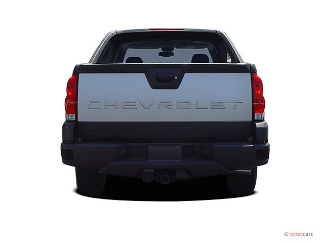 image 2005 chevrolet avalanche 1500 5dr crew cab 130 wb 4wd ls rear exterior view size 640 x. Black Bedroom Furniture Sets. Home Design Ideas