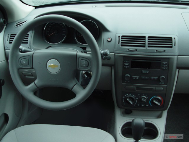 image 2005 chevrolet cobalt 4 door sedan dashboard size. Black Bedroom Furniture Sets. Home Design Ideas