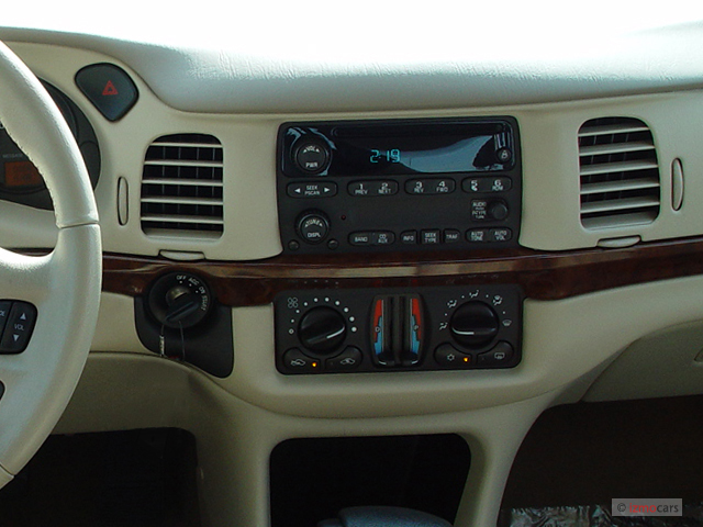 Image 2005 Chevrolet Impala 4 Door Base Sedan Instrument
