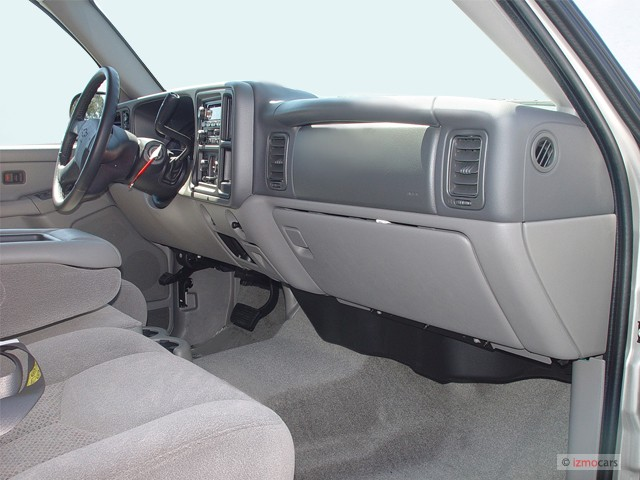 Image 2005 Chevrolet Tahoe 4 Door 1500 4wd Ls Dashboard
