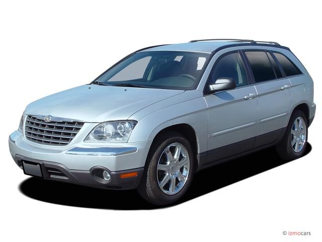 2005 Chrysler Pacifica 4 Door Wagon Touring AWD Angular Front Exterior View