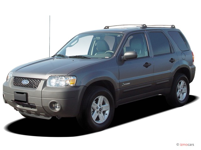 """2005 Ford Escape 4-door 103"""" WB 2.3L Hybrid Angular Front Exterior View"""
