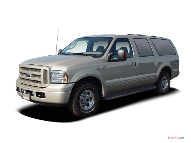 Ford Excursion  L Limited Angular Front Exterior View