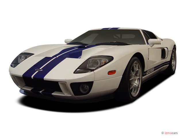 2005 Ford GT 2-door Coupe Angular Front Exterior View