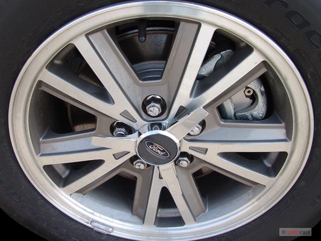 Image 2005 Ford Mustang 2 Door Convertible Premium Wheel