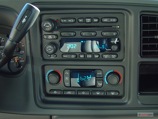 Image: 2005 GMC Yukon XL 4-door 1500 4WD SLE Instrument ...