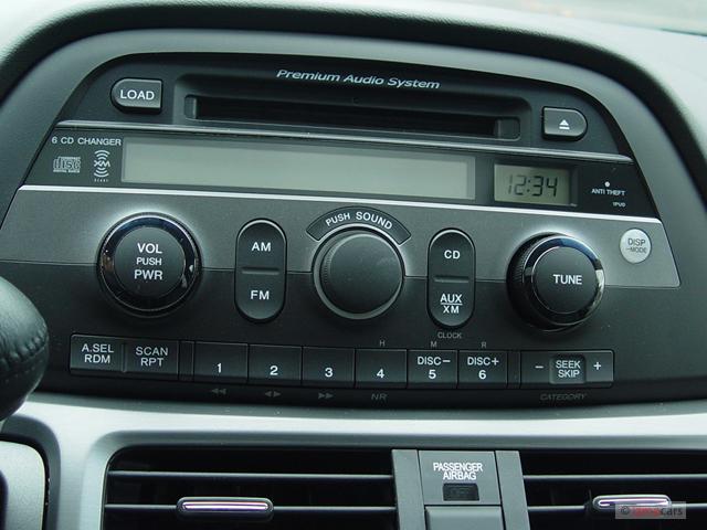 Image: 2005 Honda Odyssey TOURING AT Instrument Panel ...
