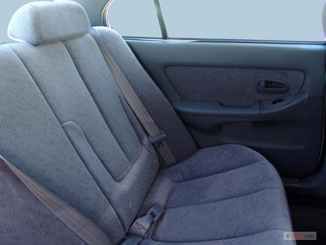 Image 2005 Hyundai Elantra 4 Door Sedan Gls Auto Rear Seats Size 640 X 480 Type Gif Posted