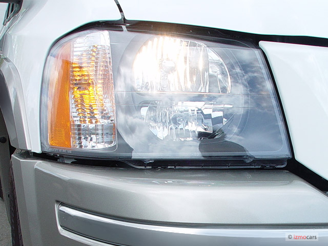 Isuzu Ascender Door Wd Ls Headlight M on 2005 Isuzu Ascender
