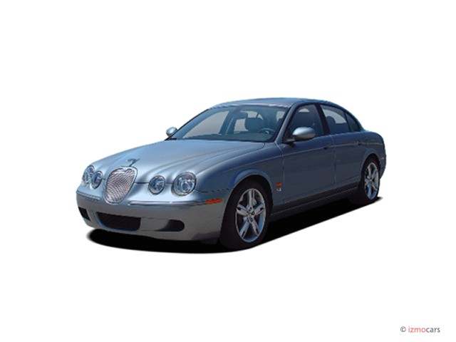 2005 Jaguar S-TYPE 4-door Sedan V8 R Supercharged Angular Front Exterior View