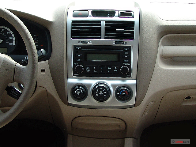 Image: 2005 Kia Sportage 4-door LX 4WD V6 Auto Instrument ...