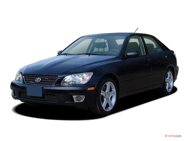 2005 Lexus IS 300 4-door Sport Sedan Auto Angular Front Exterior View